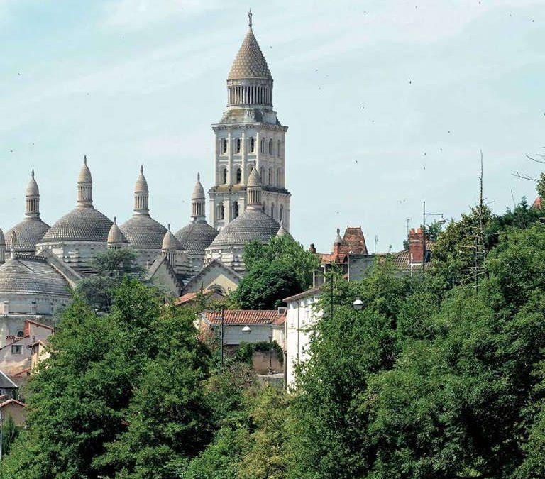 Découvrir Périgueux - Domaine de l'Ô - Gîte - Chambre d'hôte - Périgord